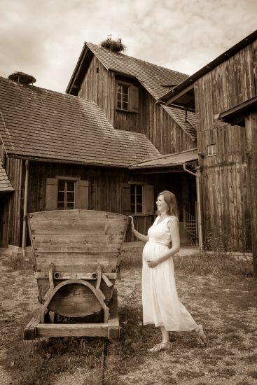 Babybauch bei der Schollenmühle
